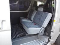 hiace-seat (1).JPG